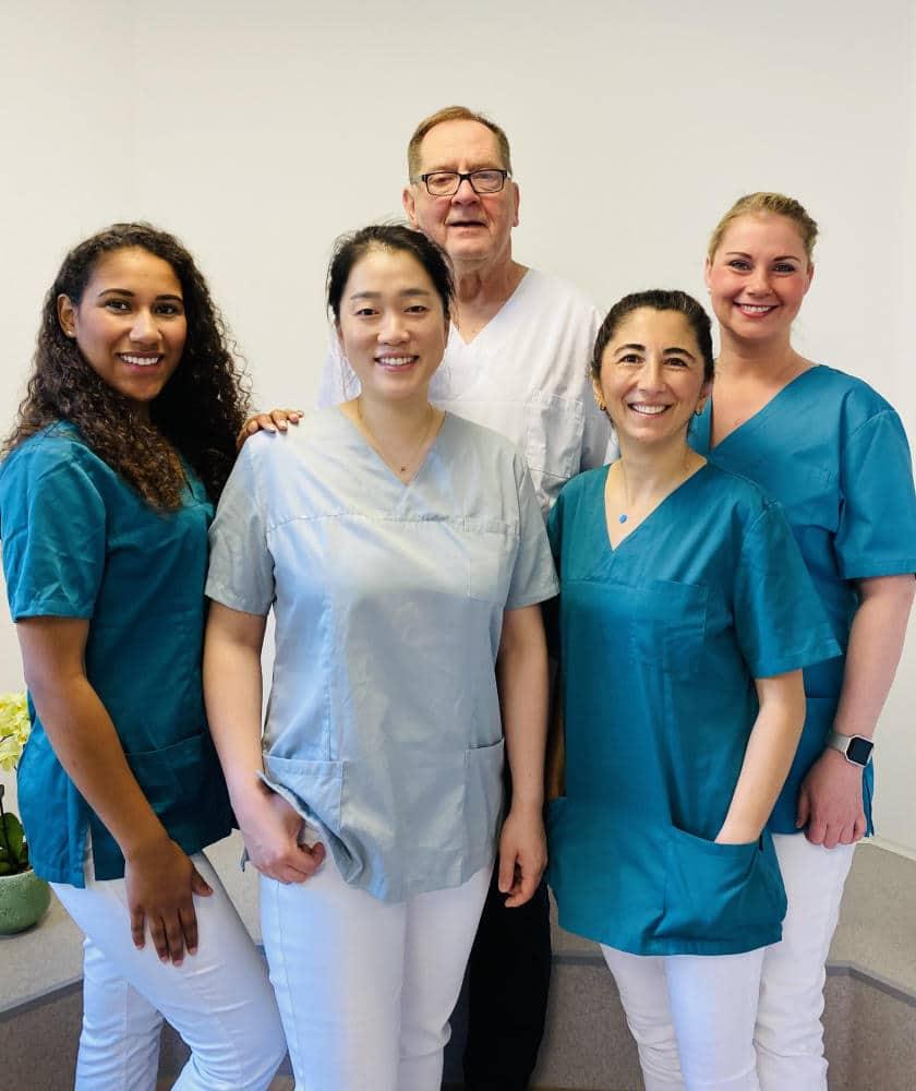 Praxis Dr. Mieri Han Team